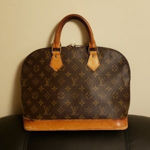 Authentic Louis Vuitton Alma PM Monogram Handbag